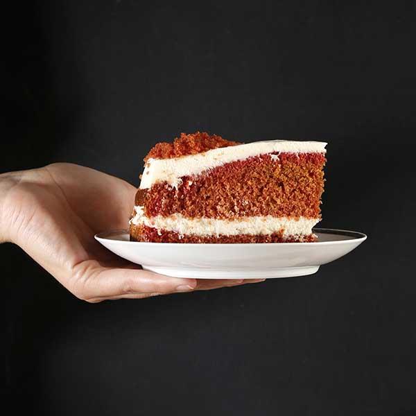 porción de pastel red velvet
