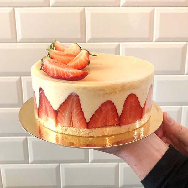 pastel de fresa de temporada
